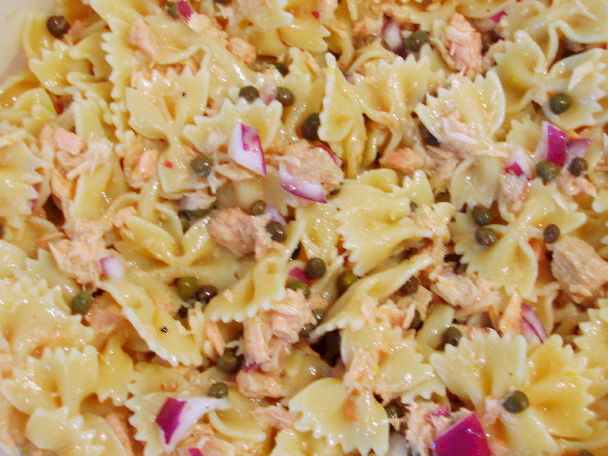 Pasta Salad with Tuna, Capers